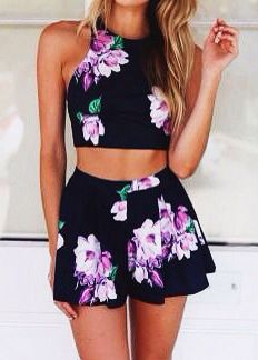floral Crop Top And Shorts! Great For The Beach! X