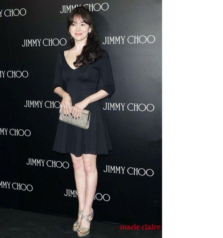 Song Hye Kyo Deep V Flare Black Dress - ezbuy