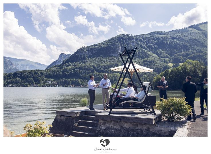#outdoor #location #heiraten #wedding #weddingday #austria #upperaustria #bride #goom #mountains #chillin #traunsee #traunlake #traunstein #cloud #clouds #hollywoodschaukel #swing