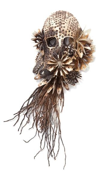 Hanna Hedman, Black Bile, 2013, brooch, silver, copper, leather, paint, 340 x 140 x 70 mm, photo: Sanna Lindberg