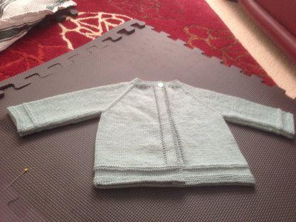 Baby Cardigan / Knitting PatternInstructions /PDF Instant Download5 Sizes : Newborn / 3 / 6 / 9 and 12 monthsMaterials :Shown in Wool Plassard Boud'chou100 % Merino woolFingering 4 ply - 50 g balls - 224 yards (205 meters)2 / 3 / 3 / 4 / 4 BallsOne pair each 2,5 mm (US 11/2) and 3 mm (US 21/2) knitting needlesCircular needles 2,5 mm (US 11/2) and 3 mm (US 21/2) or 2 stitch holders1 little buttonGauge :Using 3 mm ne...