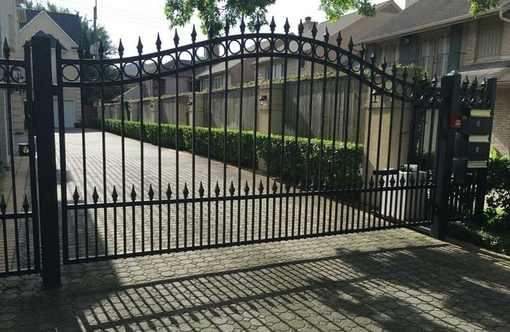Completed automatic gate Houston TX project