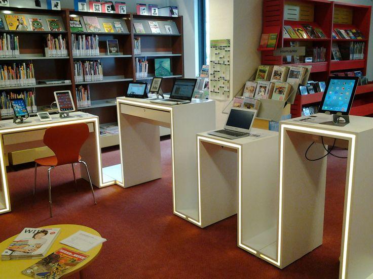 De Mediabar staat tot en met 26 juli in de bibliotheek van Rijsbergen. U mag met alle media apparaten die er op staan  experimenteren. Probeer eens een e-reader uit of maak een foto met de iPad!