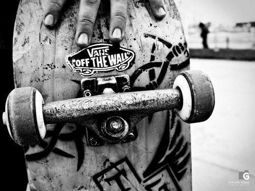 Vans mejor marca de skate lejos.Junto con emirika