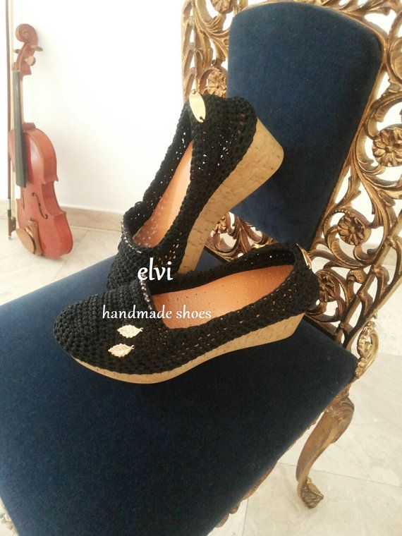 Handmade women shoes,cork shoes,platform shoes,hand crocheted and hand stitched to a steady cork sole,by elvi.