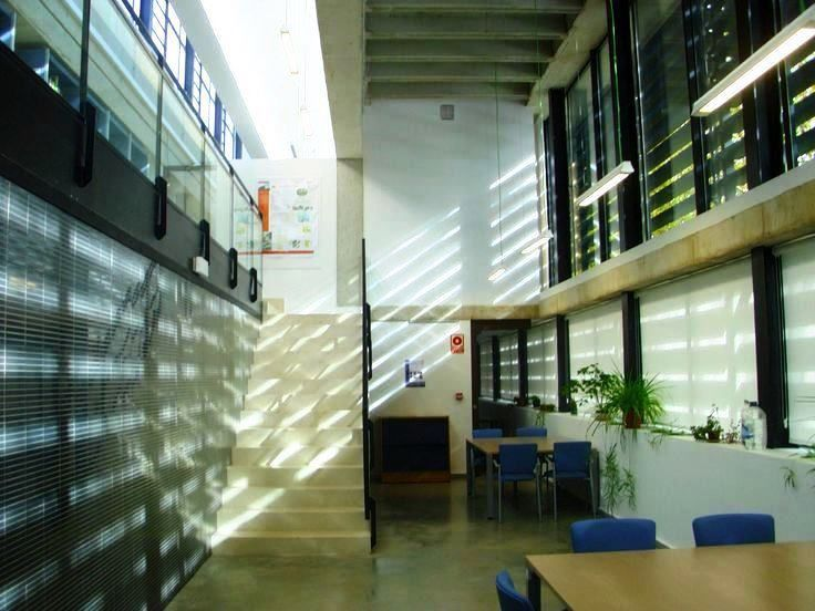 Vista general http://www.ipe.csic.es/web/ipe-instituto-pirenaico-de-ecologia/biblioteca