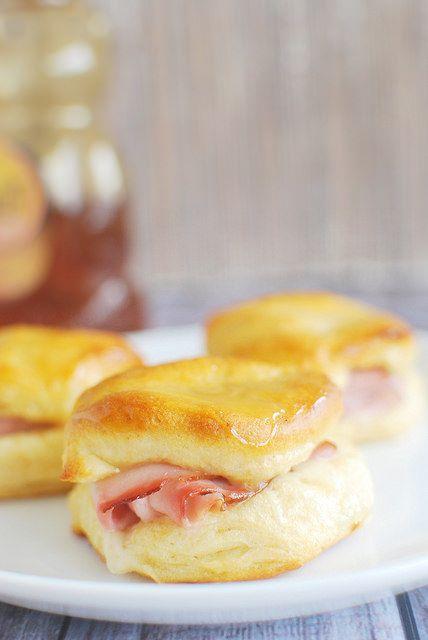 Honey Ham Biscuits - Fake Ginger Easter breakfast or snack. Variation with leftover thanksgiving turkey?