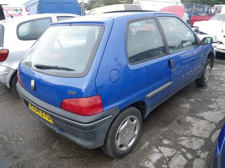 1998 PEUGEOT 106 LOOK PLUS mine used to look just like this with the trim missing