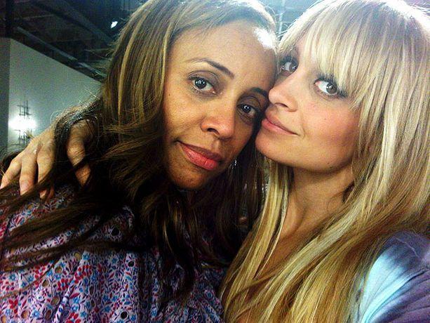 Nicole & Mom Brenda