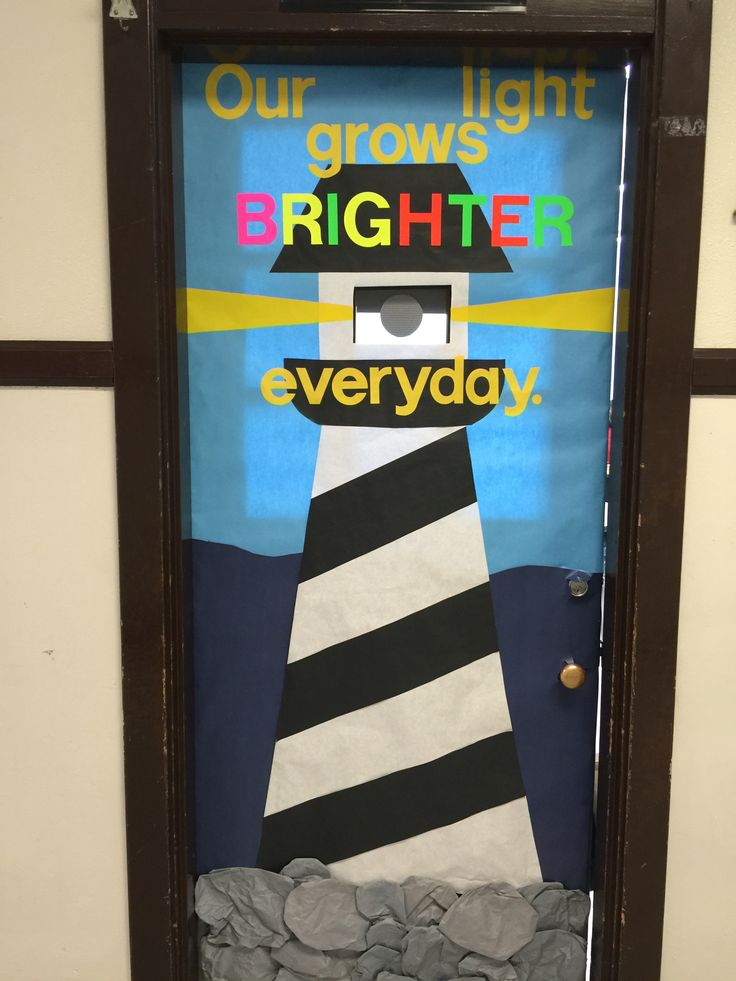Lighthouse More & Best 25+ Nautical bulletin boards ideas on Pinterest | Pirate ... pezcame.com