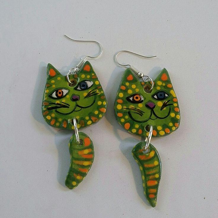 Ceramic Crazy Cat Earrings - Green