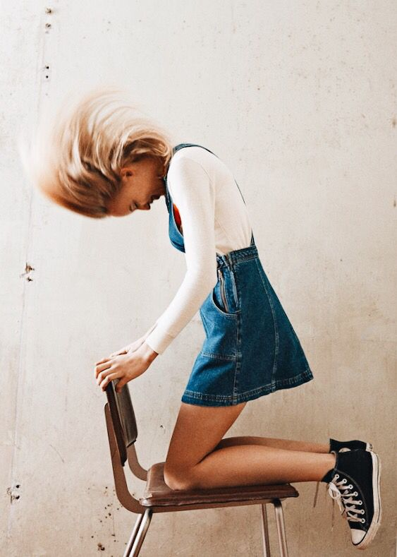 Such a cute, casual look for spring. Nothing is better with Converse than denim!