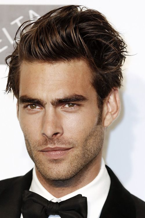 20 Latest Side Parted Men's Hairstyles