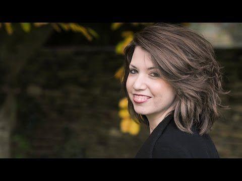 The Making of Women in Livingness Magazine - Unimed Living - YouTube