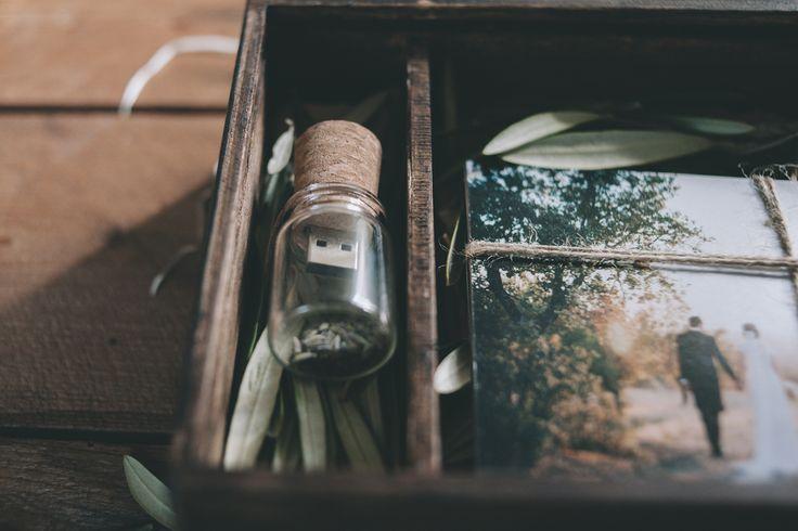 Packaging para boda - DoblelenteBoda - Wedding photographer Packaging. Cork flash drive usb pendrive