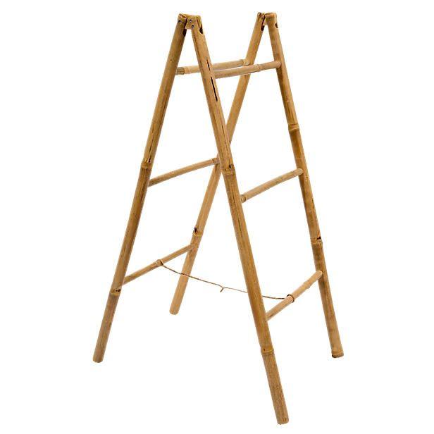 Met deze decoratieve bamboe ladder creëer je makkelijke een leuke en gezellige sfeer in je tuin! Hang bijvoorbeeld bloembakken aan de sierladder om je tuin een fleurige twist te geven!