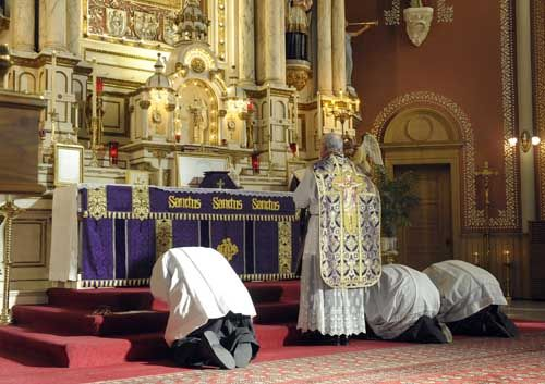 Musings of a Pertinacious Papist: Tridentine Community News - The Requiem Mass, its format for All Souls and Requiems; TLM Mass times