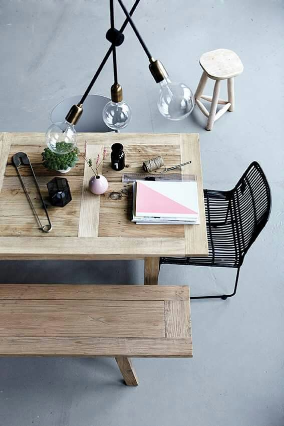 Cum sa iti decorezi casa in stil scandinav! Placerea mea vinovata!  Intra pe www.emmazeicescu.ro  #homedeco #scandinavianstyle #emmazeicescu