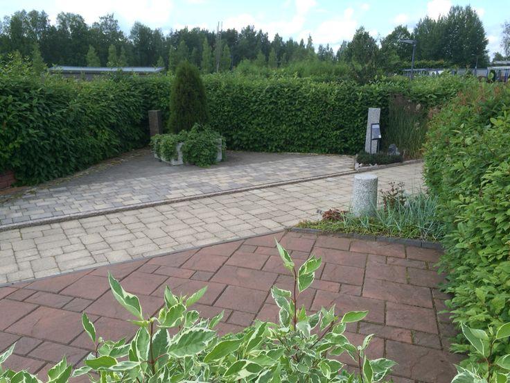 Ruduksen näyttelyalue Mikkelinpuistossa http://www.rudus.fi/pihakivet