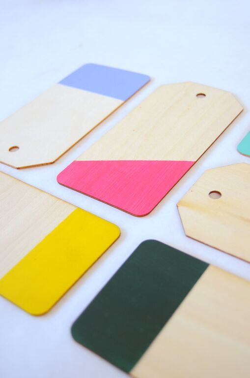 Color Dipped Luggage Tags