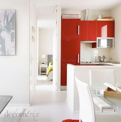 Muebles de cocina en alto brillo rojo