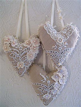 Three vintage linen hearts - Cloth Paper Scissors #IHeartArt