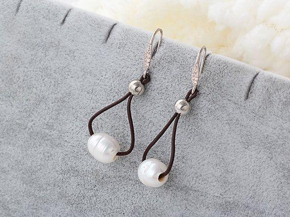 Handmade Jewelry handmade Earrings Pearl by EchosHealingStones