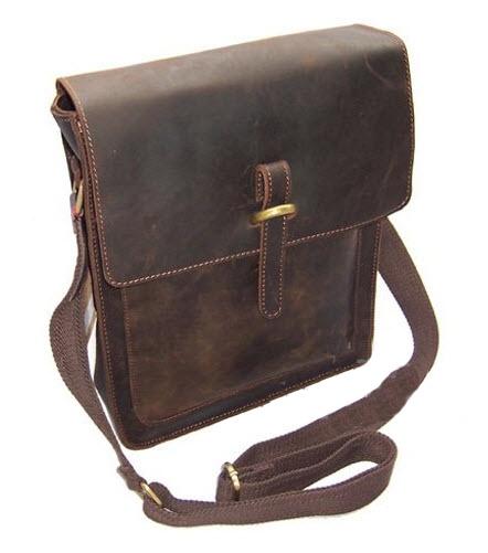 """ModernManBags.com - """"Baku"""" Crazy Horse Leather Classic Men's Vertical Messenger Bag, $79.99 (http://www.modernmanbags.com/baku-crazy-horse-leather-classic-mens-vertical-messenger-bag/)"""