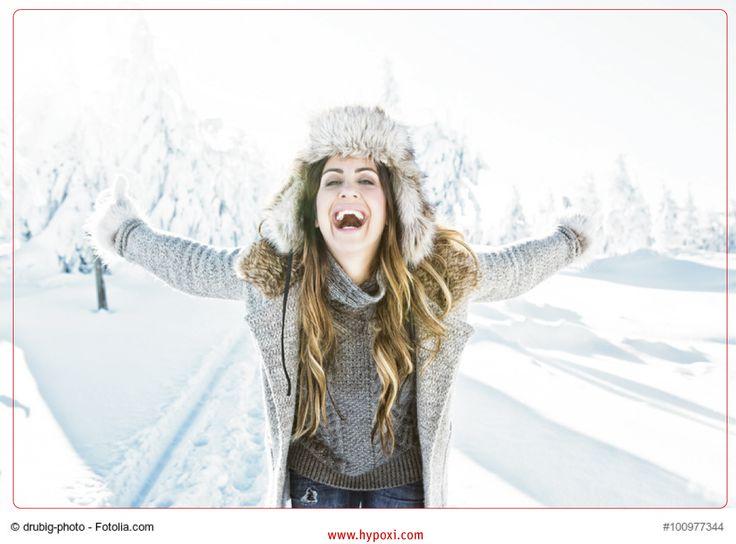 Die dritte Woche ist (fast) geschafft! Es kommen bessere Tage: Samstag & Sonntag Gehen Sie doch mal RAUS!  Eine schöne Winterwanderung ist ein wahrer Stoffwechselbooster! - Doch nicht nur der Stoffwechsel wird gefördert, auch die Vitamin-D Produktion wird gesteigert. Zudem verfliegt der Stress der vergangenen Woche und die Laune wird besser. Nebenbei sinkt der Blutdruck.  Worauf warten Sie noch? - Und am Montag ins HYPOXI-Studio!  #blutdruck #stressabbau #hypoxi #ernährung #winter…