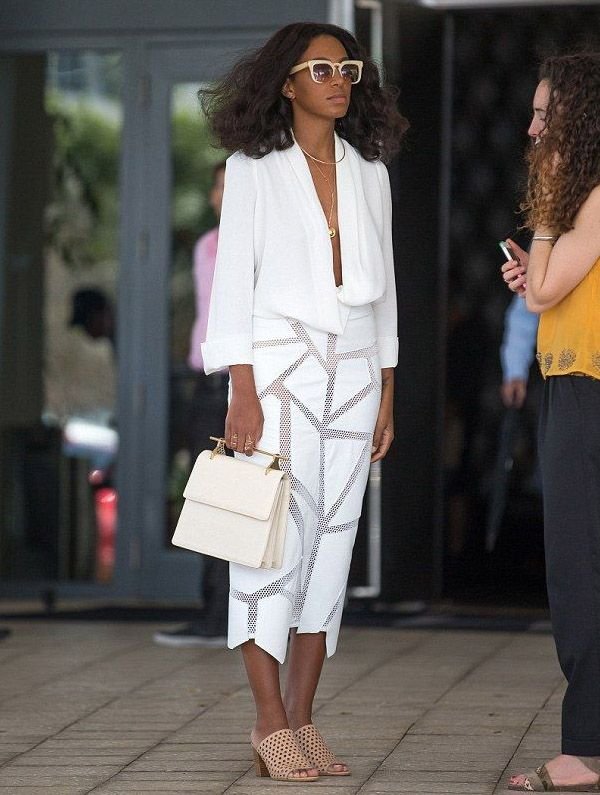 solange-knowles-street-style-mullet-shoes