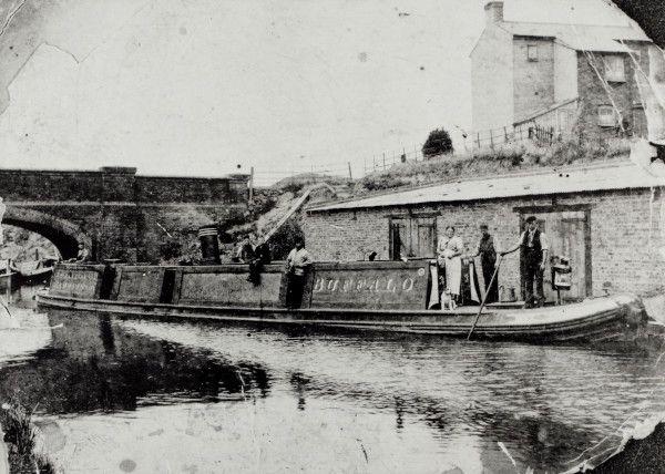 Steam Tug Buffalo Lock bridge Harrow Road c1900