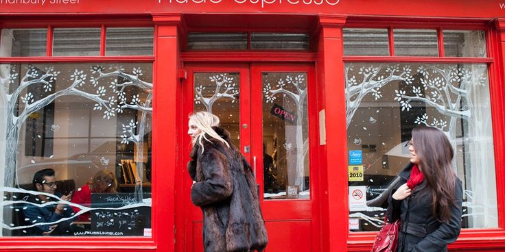 NET-A-PORTER's Stylish Guide to London   Qantas Travel Insider