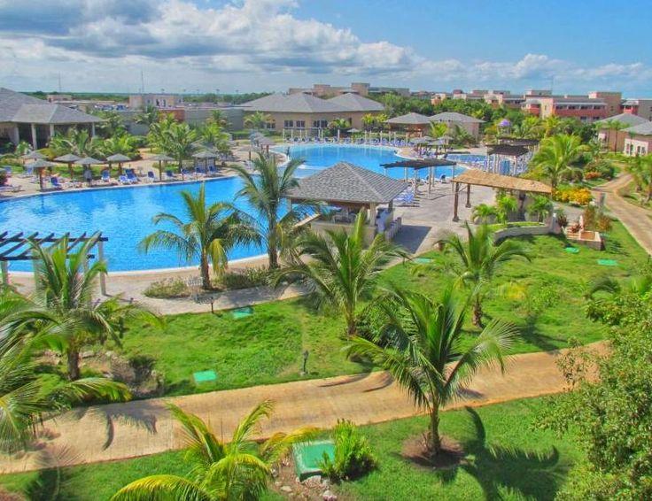 Green Pool   Pestana Cayo Coco   Amazing Pools