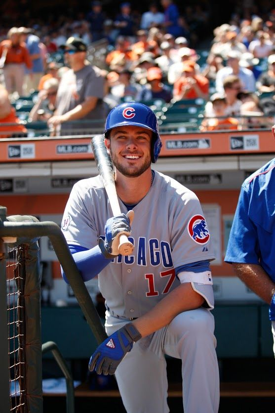 Congratulations to Kris Bryant, who was named NL Outstanding Rookie by the MLB Players Association! More: http://atmlb.com/1PyHXep #PlayersChoiceAwards15