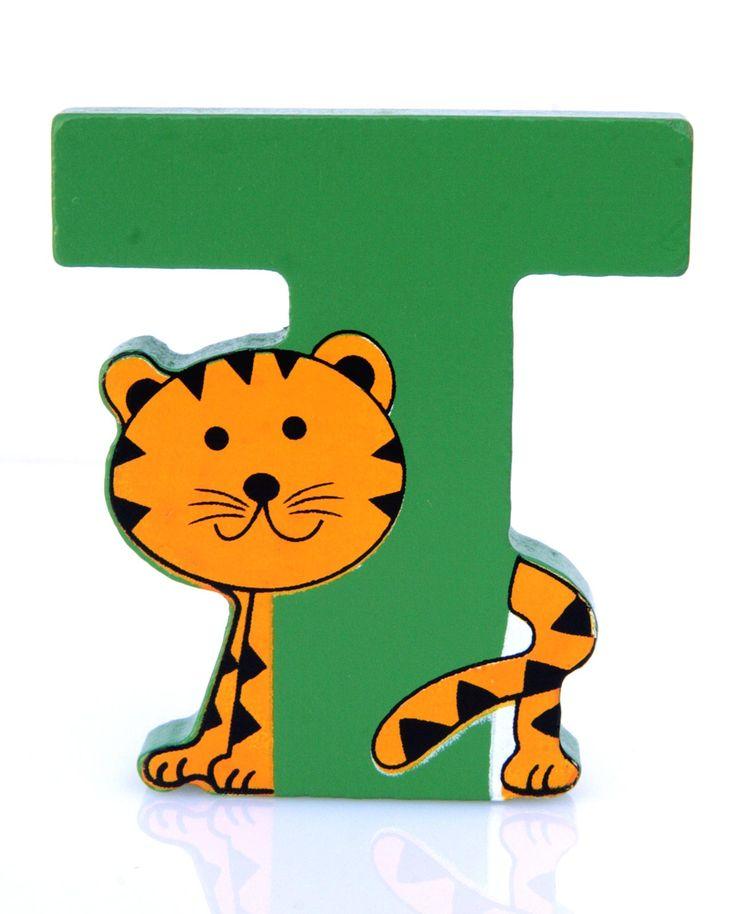Simpatica lettera T in Legno con l'aspetto di una Tigre, per decorare e rendere più bella la cameretta componendo nomi, frasi. Sono disponibili tutte le lettere dell'alfabeto  Può essere appoggiata su una mensola oppure si puo' fissare con colla o biadesivo o possono anche essere utilizzate per giocare.  Dimensioni cm 7 x 7 x 1  Materiale: Legno.   I colori possono cambiare in base alle disponibilita'