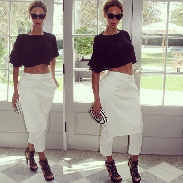 Beyoncé exibe barriga sequinha (Foto: Instagram)