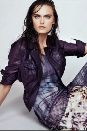 Irridescent JEAN Jacket in violet and Leo violet KURZ dress from Beate Heymann