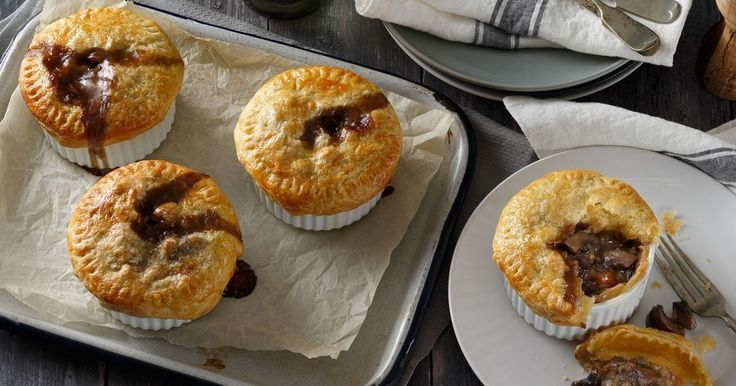 These delicious Mushroom & Lentil Pot Pies from Dani Venn are full of flavour & sure to satisfy.