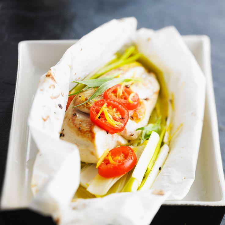 Découvrez La Recette Papillote De Blanc Poulet Aux Poireaux Sur Cuisineactuelle Fr