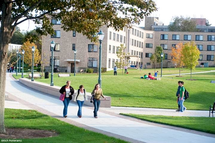10 Things You've Experienced As A Freshman At Fairfield University