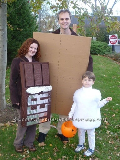 Awesome Homemade Smores Family Halloween Costume... This website is the Pinterest of costumes