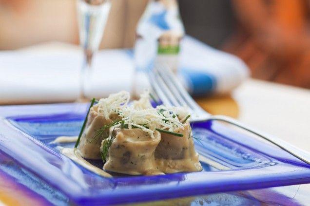 Receptet på den här fantastiskt goda senapssåsen kommer från Leif Mannerström. Här används den tillsammans med en burk 5-minuterssill.