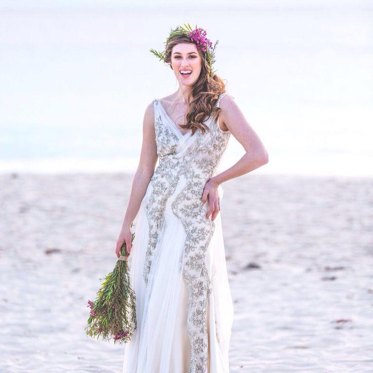 Bridal beach wedding www. joatybassi.com