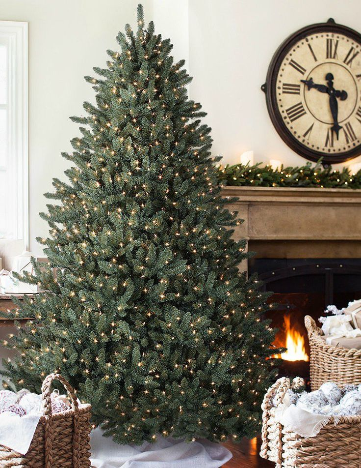 47 Gorgeous Traditional Christmas Tree Ideas