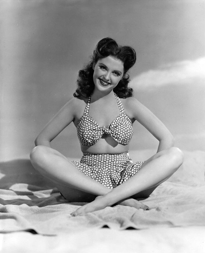 Beverly Tyler 1940 S 40 S 50 S Pin Up Dolls