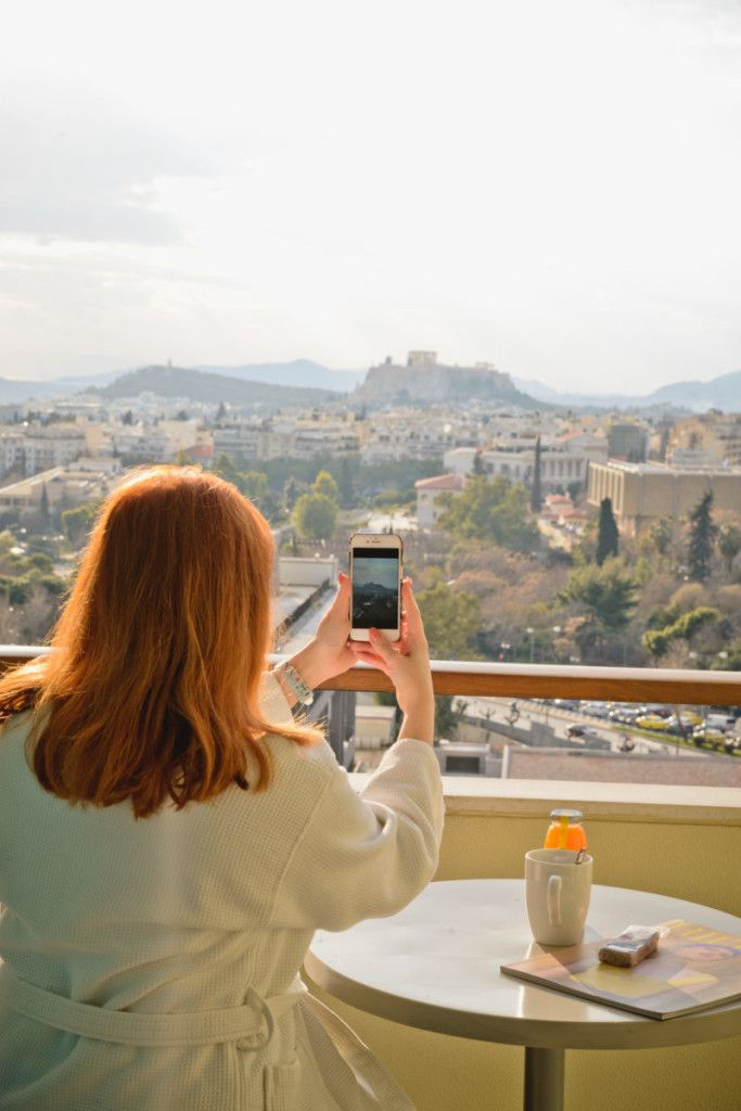 Hilton Hotel: the ultimate staycation experience in Athens! http://happilychic.com/en/hilton-athens-hotel-review/