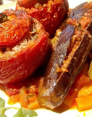 Фаршированные помидоры и баклажаны. Толма по-грузински (10)