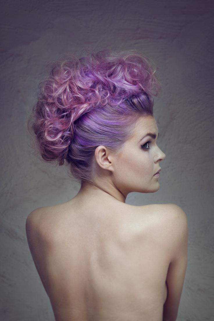foto: Sondre Guriby  hår: Camilla K. Bøvollen  sminke: Emilie Einarson Larsen/ June  modell: Bettina Antonsen / Charlotte Nordli