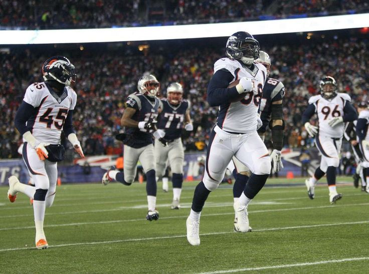 In-Game Photos: Broncos at Patriots - Von miller recovers a fumble and gets a TD for the first score of the game.