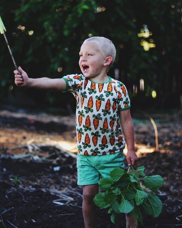 Naperonuttu terry tee - Carrots Retro Baby Clothes - Baby Boy clothes - Danish Baby Clothes - Smafolk - Toddler clothing - Baby Clothing - Baby clothes Online